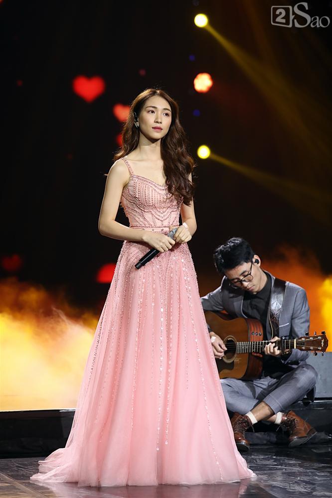 Jiyeon - Soobin song ca tình tứ, iKON hứa sẽ làm concert tại Việt Nam-14