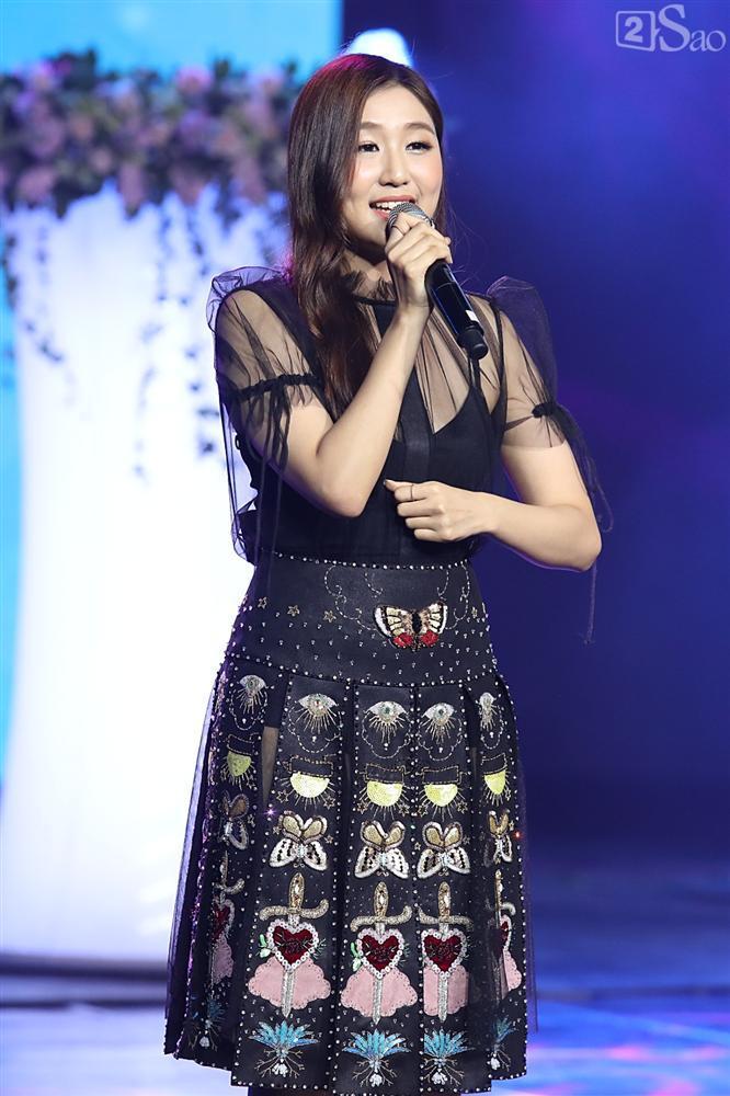 Jiyeon - Soobin song ca tình tứ, iKON hứa sẽ làm concert tại Việt Nam-21