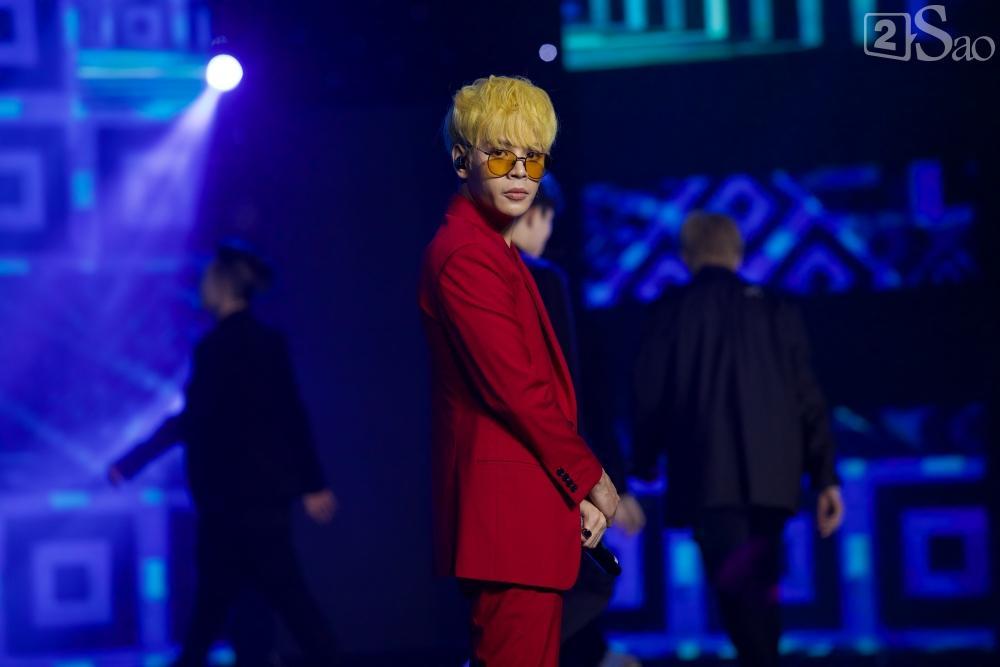 Jiyeon - Soobin song ca tình tứ, iKON hứa sẽ làm concert tại Việt Nam-18