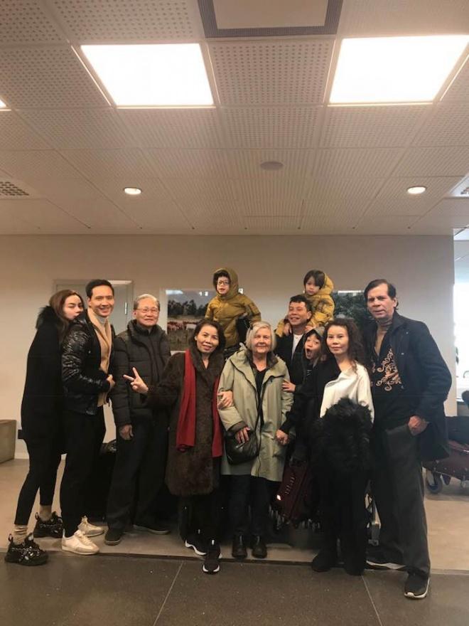 Sau cuộc gặp gỡ thông gia tại Thụy Điển, mẹ Hồ Ngọc Hà nhận xét về phụ huynh Kim Lý toàn lời mật ngọt-3