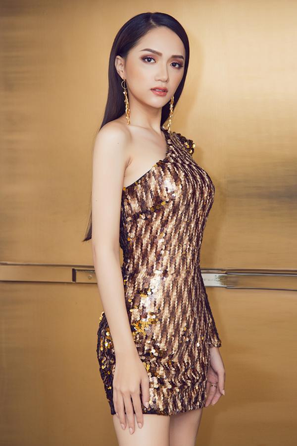 Tuyên bố đàn ông bàn về trinh tiết là lạc hậu, đạo diễn Lê Hoàng chiếm toàn bộ sóng showbiz tuần qua-5