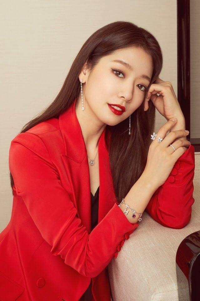 Không còn dễ thương, Park Shin Hye giờ đây đã quyến rũ đốt mắt người nhìn-2