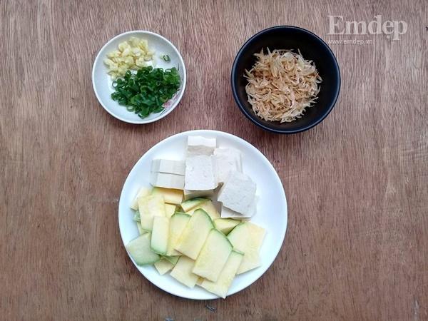 Canh bí non nấu đậu phụ ngọt ấm ngon cơm-1