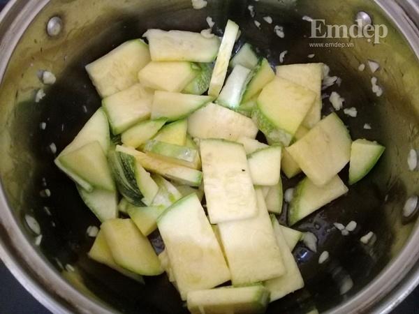 Canh bí non nấu đậu phụ ngọt ấm ngon cơm-2