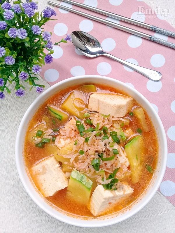 Canh bí non nấu đậu phụ ngọt ấm ngon cơm-7