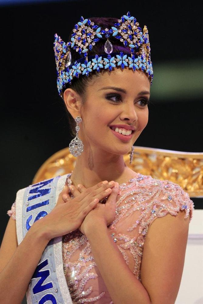Đoạn trường 1 thập kỷ Hoa hậu Thế giới: Chưa ai hạ nổi vẻ đẹp khuynh thành của mỹ nữ xứ bạch dương-13