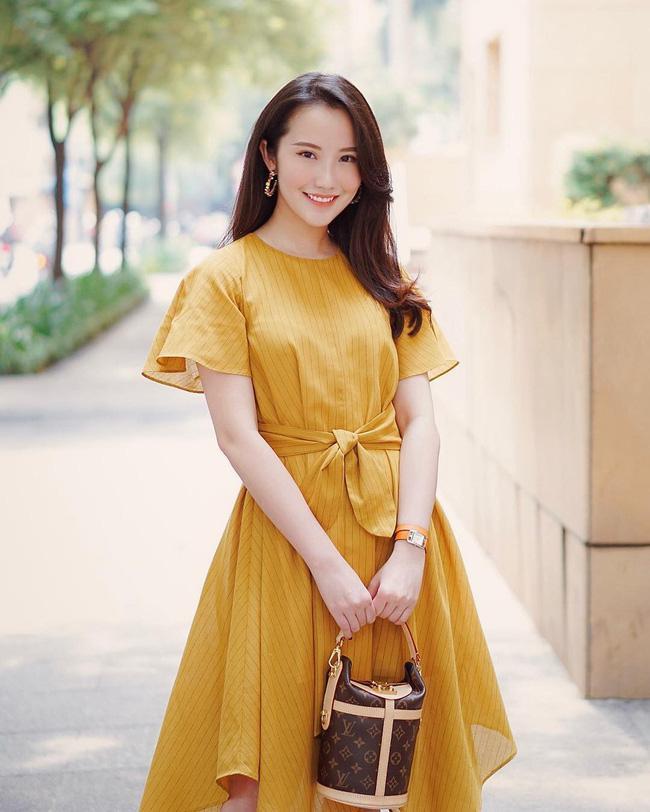 Hơn 1 năm công khai yêu thiếu gia Phan Thành, Xuân Thảo ít up ảnh bên người yêu nhưng phong cách thời trang ngày càng chất-5