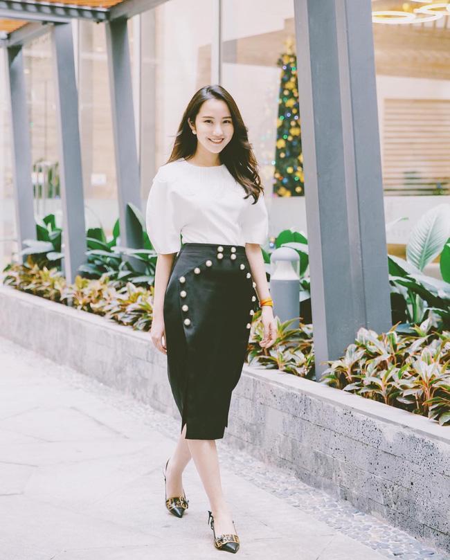Hơn 1 năm công khai yêu thiếu gia Phan Thành, Xuân Thảo ít up ảnh bên người yêu nhưng phong cách thời trang ngày càng chất-6