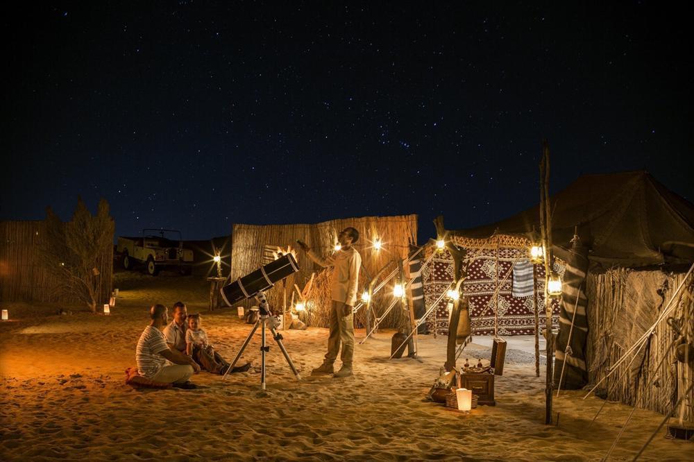 Cưỡi lạc đà băng qua sa mạc mừng năm mới-7