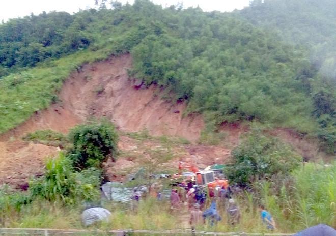 Lở núi khiến 3 người chết ở Khánh Hòa-1