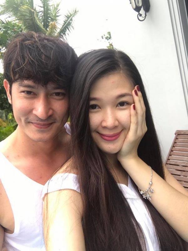 Cuộc sống của Á hậu Mạc Anh Thư từ bỏ sự nghiệp, làm hậu phương cho Huy Khánh giờ ra sao?-1