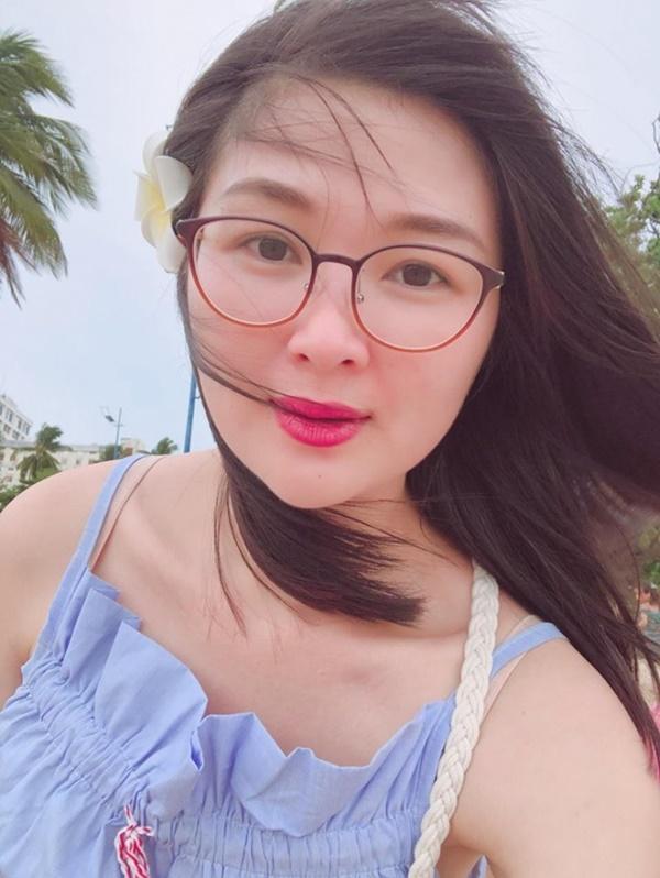Cuộc sống của Á hậu Mạc Anh Thư từ bỏ sự nghiệp, làm hậu phương cho Huy Khánh giờ ra sao?-8