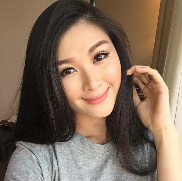 Cuộc sống của Á hậu Mạc Anh Thư từ bỏ sự nghiệp, làm hậu phương cho Huy Khánh giờ ra sao?-10