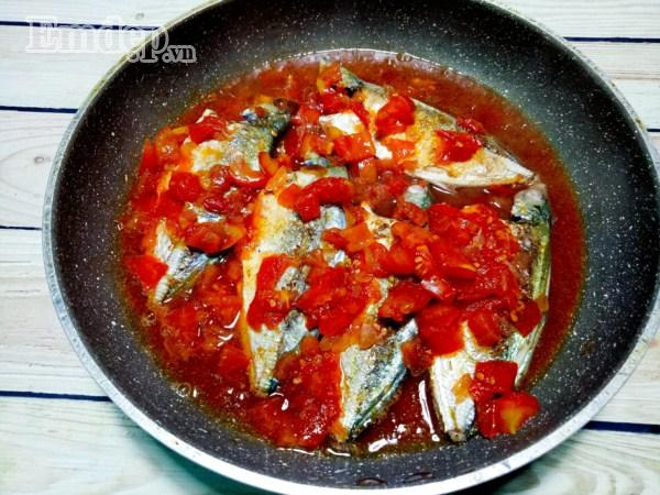 Thơm bùi cá sốt cà chua đơn giản mà ngon cơm-6