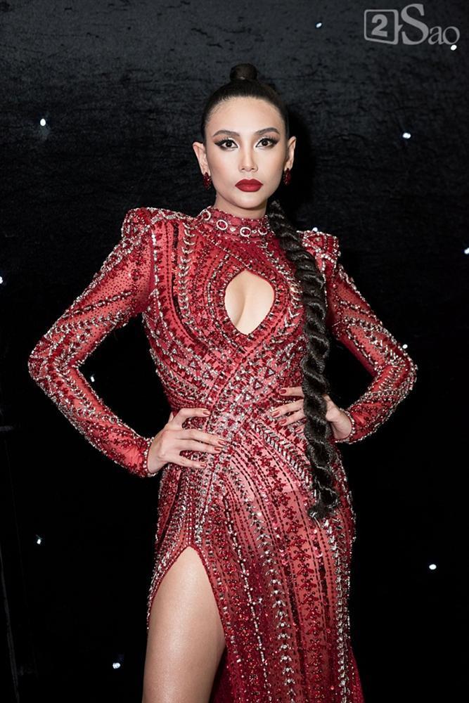Thảm đỏ chung kết The Face 2018: Hoa hậu, Á hậu cũng không hút mắt bằng bông hồng lai 3 dòng máu-2