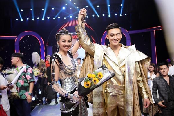 Thanh Hằng được chăm chút như nữ hoàng trước giờ lên sàn đấu chung kết The Face 2018-2