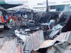 Cháy nhiều sạp hàng hóa ở chợ Lộc Giang chưa rõ nguyên nhân