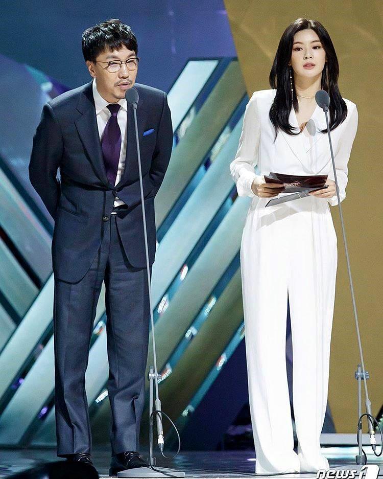 Cận cảnh nhan sắc xinh đẹp xứng đôi vừa lứa của bạn gái Lee Kwang Soo-8