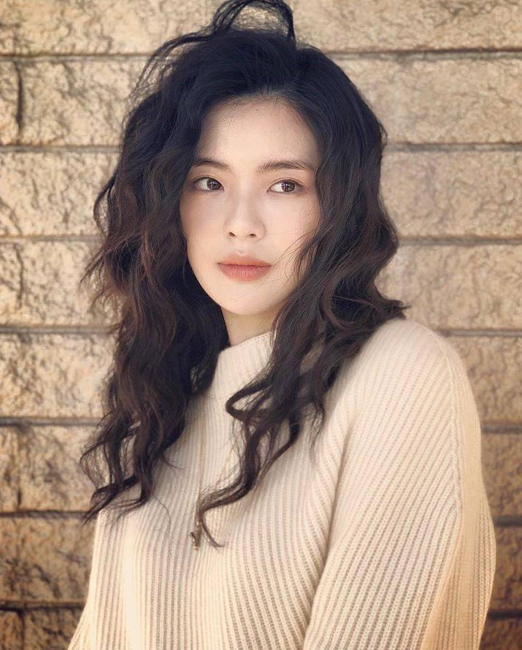 Cận cảnh nhan sắc xinh đẹp xứng đôi vừa lứa của bạn gái Lee Kwang Soo-5