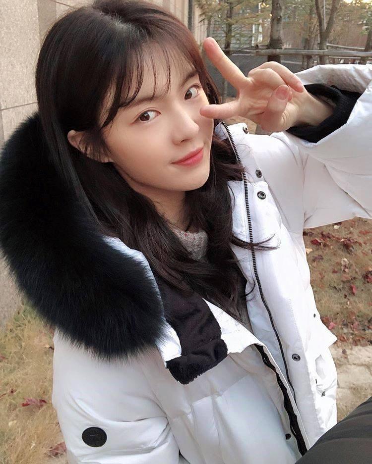 Cận cảnh nhan sắc xinh đẹp xứng đôi vừa lứa của bạn gái Lee Kwang Soo-9