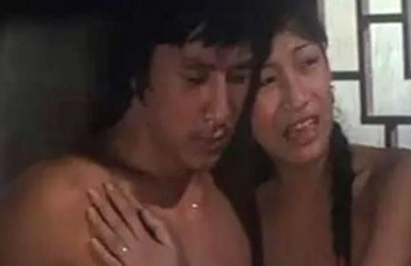 Thành Long bất ngờ bị lộ cảnh nóng trên sóng truyền hình-2