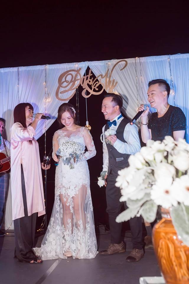 Rapper Tiến Đạt công khai loạt ảnh đám cưới nhà quê với bà xã Thụy Vy-7