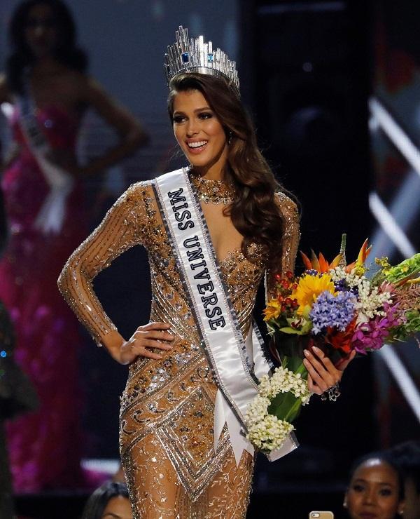 4 Hoa hậu Hoàn vũ triều đại IMG: Không ai đẹp tuyệt sắc, gây tranh cãi nhất vẫn là Bánh Pía Philippines-6