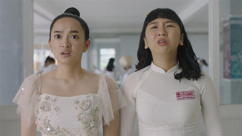 Ngoài Thái Hòa và Kaity Nguyễn, còn có một dàn diễn viên mà ai cũng khiếp sợ trong Hồn Papa Da Con Gái-4