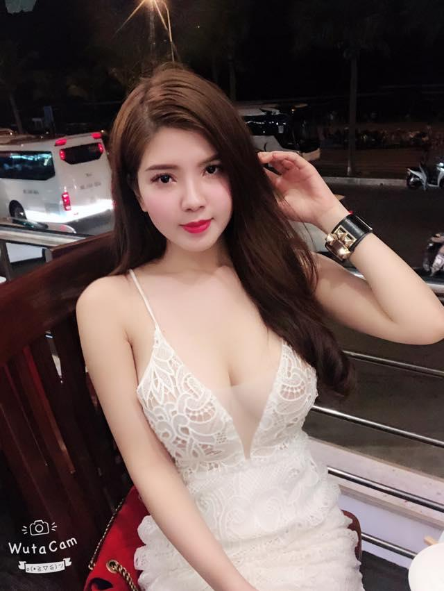 Cô gái bị chỉ trích vì thời trang mỏng manh ngày lạnh kỷ lục