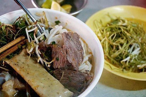 Món ngon đốn tim du khách trong chợ người Hoa ở Sài Gòn-2