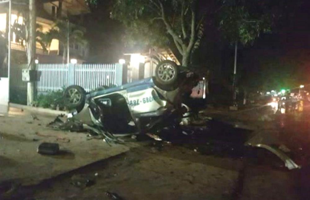 Lâm Đồng: Taxi gây tai nạn 3 người chết - Nữ tài xế chạy hơn 100 km/h sau tiệc sinh nhật-1