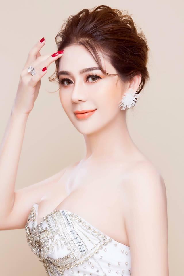 Đã tìm ra sự thật đằng sau bức ảnh gương mặt nhăn nhúm thâm xì của công chúa Lâm Khánh Chi-10