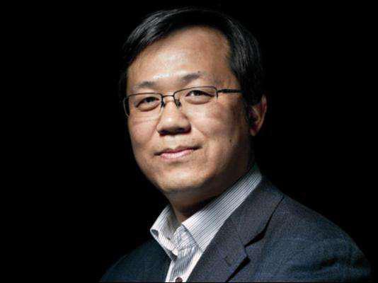 Ông chủ paparazzi Phong Hành lên tiếng về cuộc hôn nhân thế kỷ Huỳnh Hiểu Minh và Angela Baby tan vỡ-2