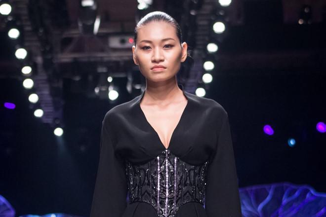Người mẫu 9X Việt mắc bệnh ung thư buồng trứng giai đoạn cuối-1