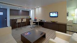 Vừa đặt chân tới Abu Dhabi, thủ môn Đặng Văn Lâm đã vội khoe khoảnh khắc 'sống ảo' ở khách sạn siêu sang
