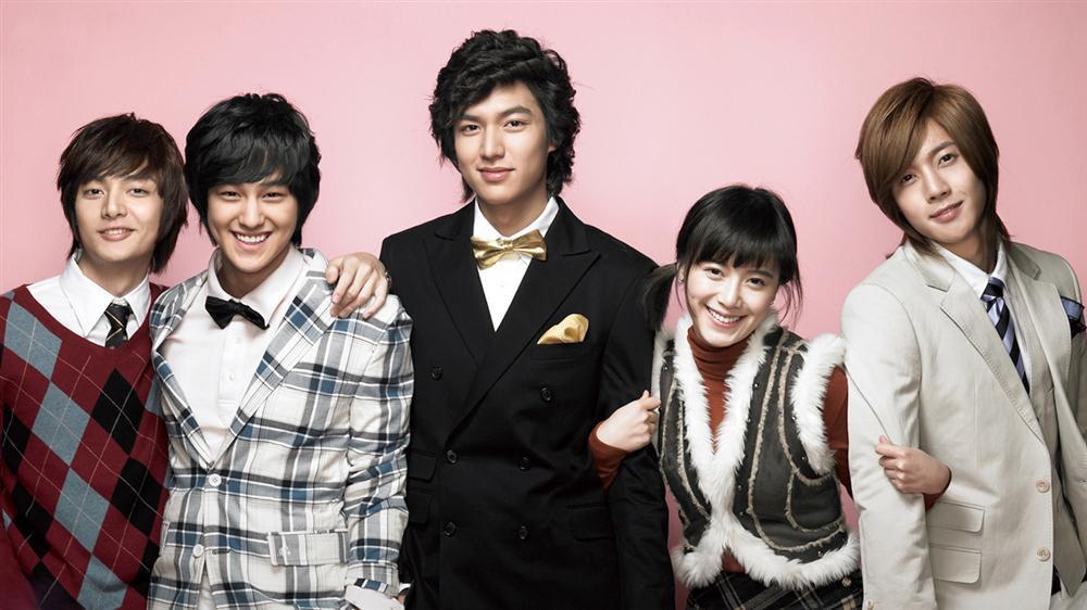 Park Min Young đốn tim người hâm mộ với nhan sắc xinh như hoa và nụ cười tỏa nắng-3