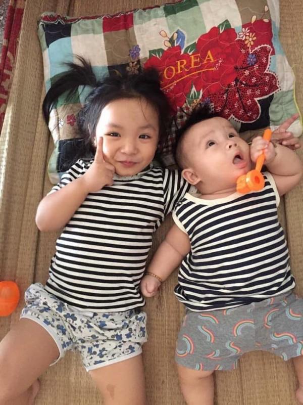 Cười ra nước mắt với chuyện kể của hội chị em bỉm sữa vì đẻ hai con quá sát nhau-5