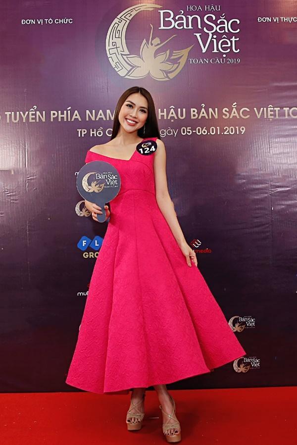 Kiên trì không kém Phạm Hương, Tường Linh tiếp tục chinh chiến Hoa hậu Bản sắc Việt toàn cầu 2019-6