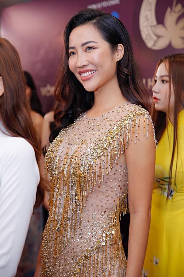 Kiên trì không kém Phạm Hương, Tường Linh tiếp tục chinh chiến Hoa hậu Bản sắc Việt toàn cầu 2019-9