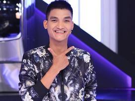 Đọc rap chuyên nghiệp như rapper, Mạc Văn Khoa vẫn gây cười vì gương mặt quá mức biểu cảm
