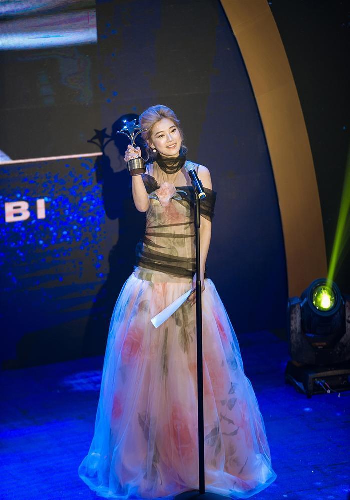 Đoạt cú đúp tại lễ trao giải Ngôi Sao Xanh, Hoàng Yến Chibi xúc động: Giờ đây tôi tự tin mình đã là một diễn viên-7