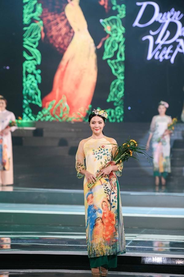 Hoa hậu Ngọc Hân hoàn thành tâm nguyện thuở bé với vai trò mới tại chương trình Duyên dáng Việt Nam 30-6