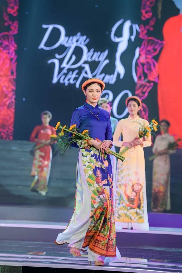 Hoa hậu Ngọc Hân hoàn thành tâm nguyện thuở bé với vai trò mới tại chương trình Duyên dáng Việt Nam 30-11