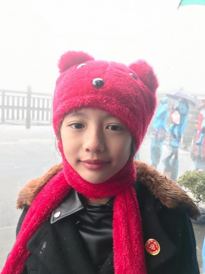 Ngọc Diễm đưa con gái lên đỉnh Fansipan lúc âm 4 độ C-6