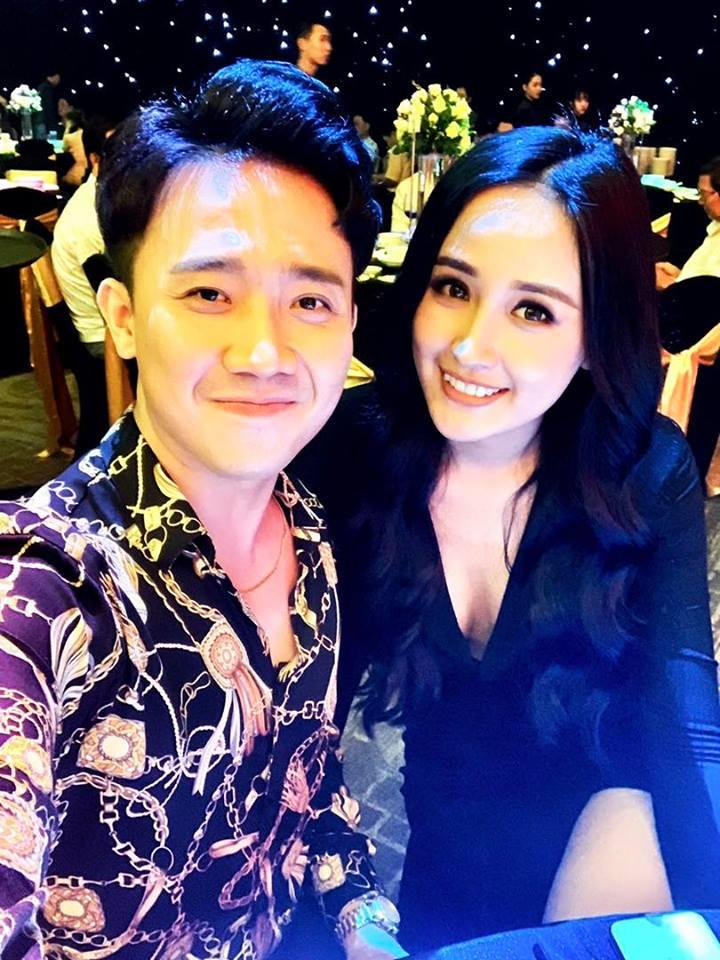 Vợ chồng Tăng Thanh Hà tinh nghịch trước ống kính của em trai Phillip Nguyễn-12
