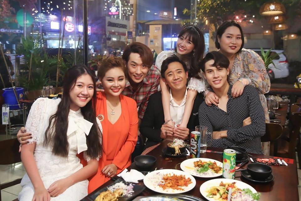 Vợ chồng Tăng Thanh Hà tinh nghịch trước ống kính của em trai Phillip Nguyễn-11