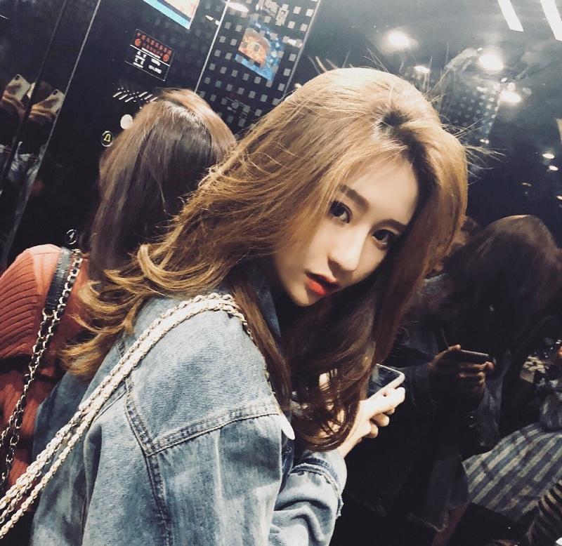 Lỡ tay tắt nhầm filter làm đẹp khi livestream, hotgirl Trung Quốc khiến fans vỡ mộng toàn tập trước nhan sắc thật-2