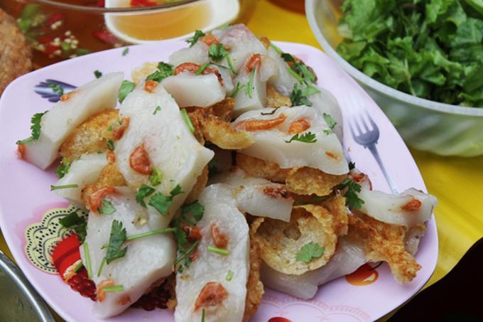 Đủ món ngon hấp dẫn khách du lịch ở chợ Cồn Đà Nẵng-2