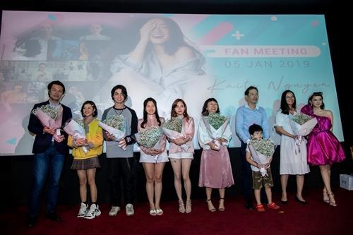 Kaity Nguyễn quậy hết mình cùng đại gia đình Hồn Papa Da Con Gái-1