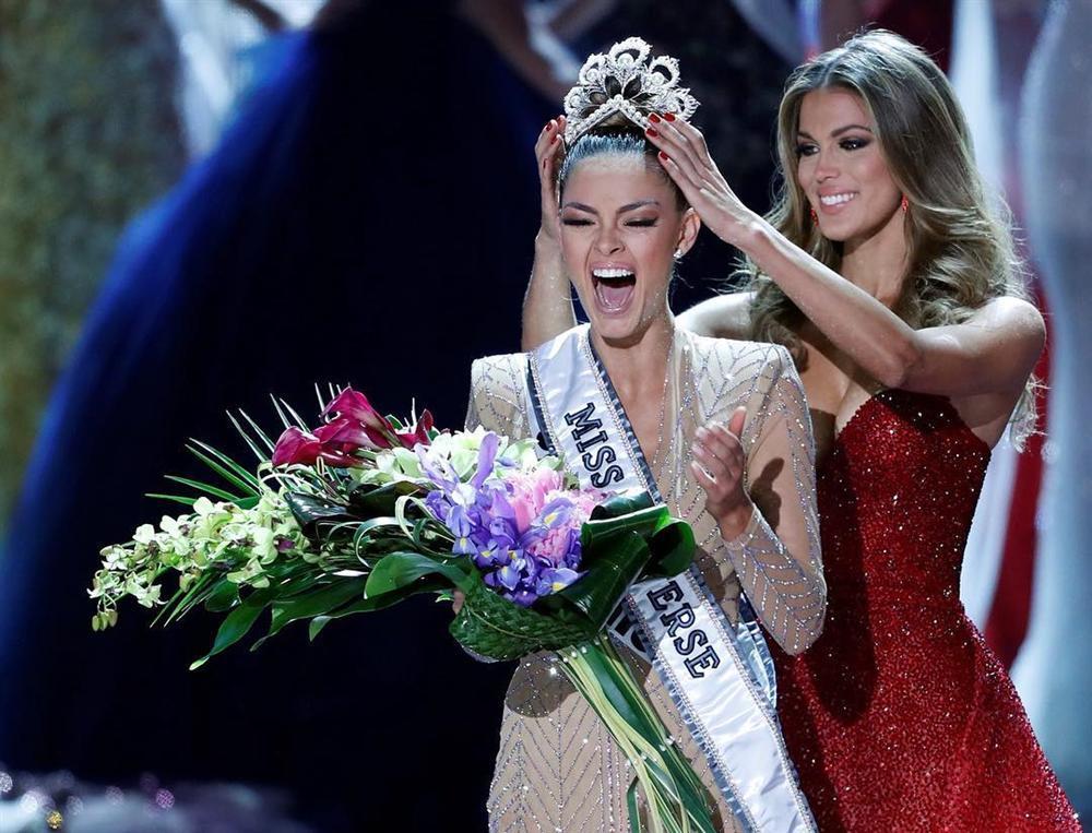 ĐỪNG XỈU nếu có lỡ ngắm dàn người tình cực phẩm của các Hoa hậu Hoàn vũ triều đại IMG-14